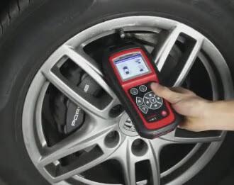 Autel-TS601 test-TMPS-for-Porsche-Cayenne-2010 (8)